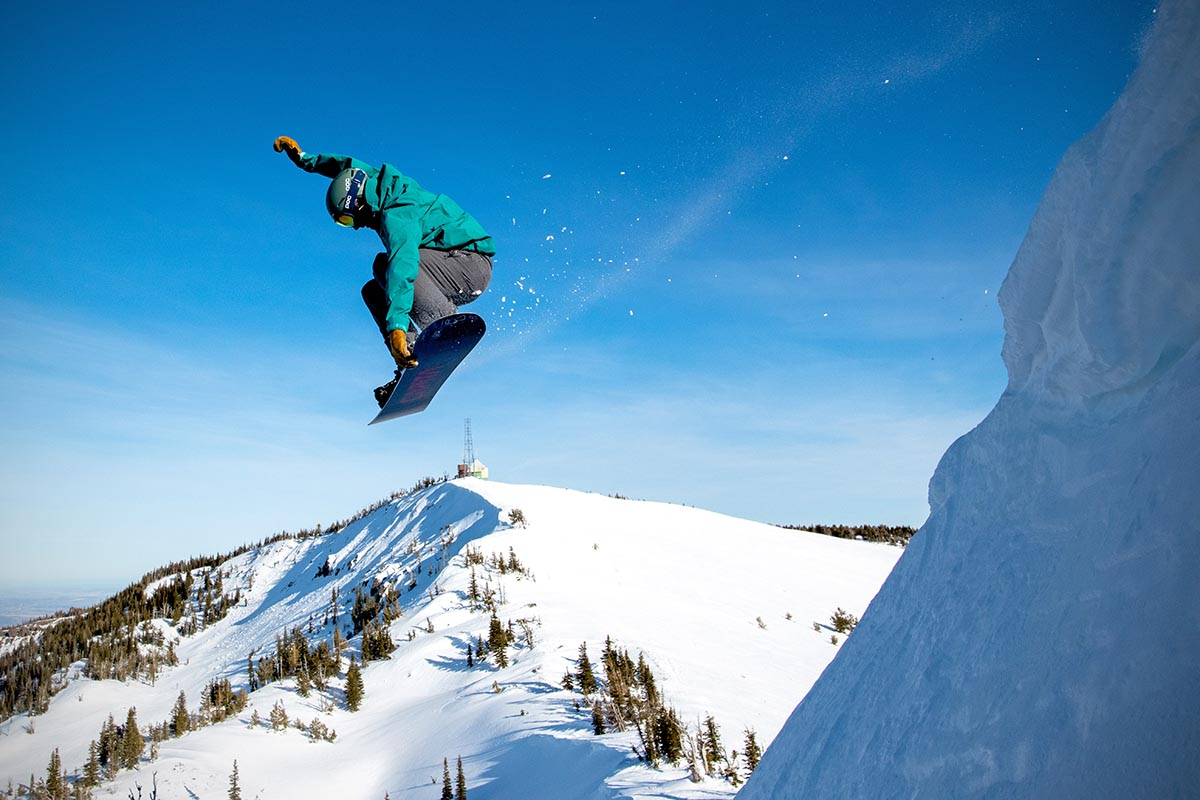 Best Snowboard Jackets 2021 Best Snowboard Jackets of 2020 2021 | Switchback Travel