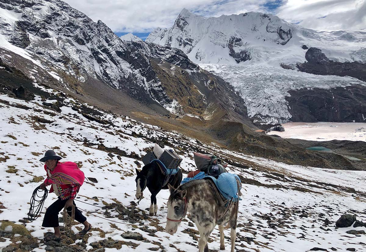 Ausangate Trek (hiking up)