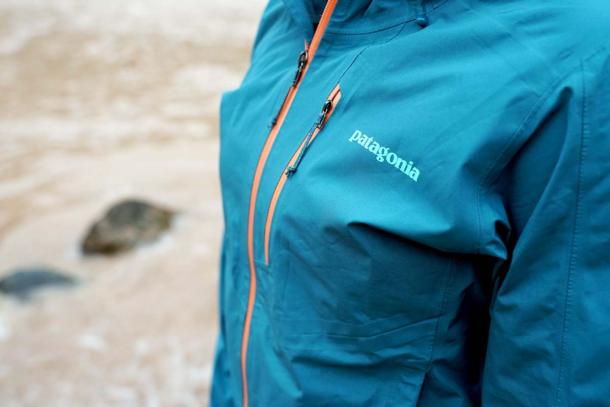 Label on Patagonia Calcite rain jacket
