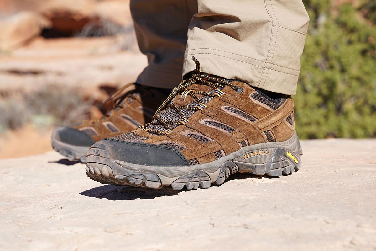 Merrell Moab 2 Vent low hiking shoe (side profile)