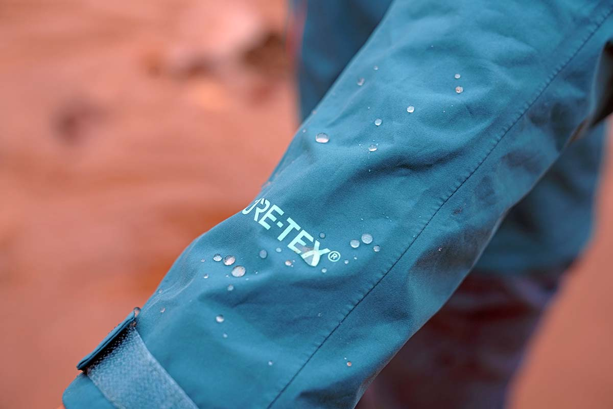 Waterproofing water beading up on Gore-tex Patagonia Calcite rain jacket