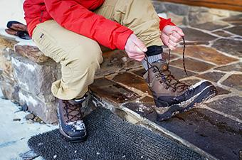 Columbia Bugaboot Plus IV Omni-Heat winter boot (lacing up)