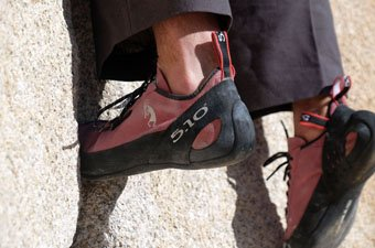 Five Ten Anasazi Pink climbing shoe