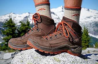 Hiking Boots (Lowa Renegade GTX on rock)