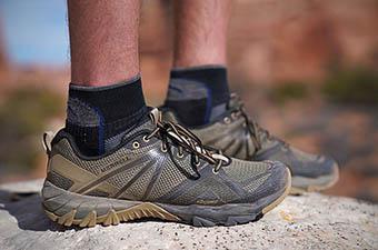 Merrell MQM Flex shoes