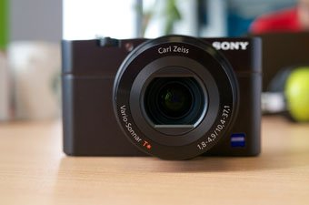 Point-and-Shoot Camera 2016