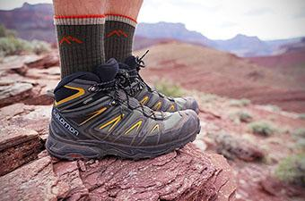 Salomon X Ultra 3 Mid GTX hiking boot (standing in Grand Canyon)