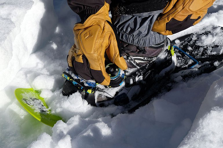Boa closure adjustment snowshoes