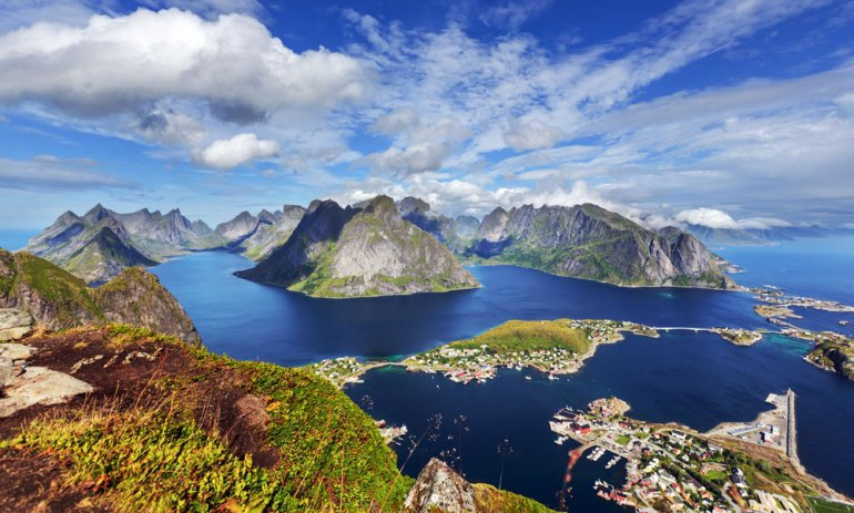 Reinebringen, Lofoten Islands