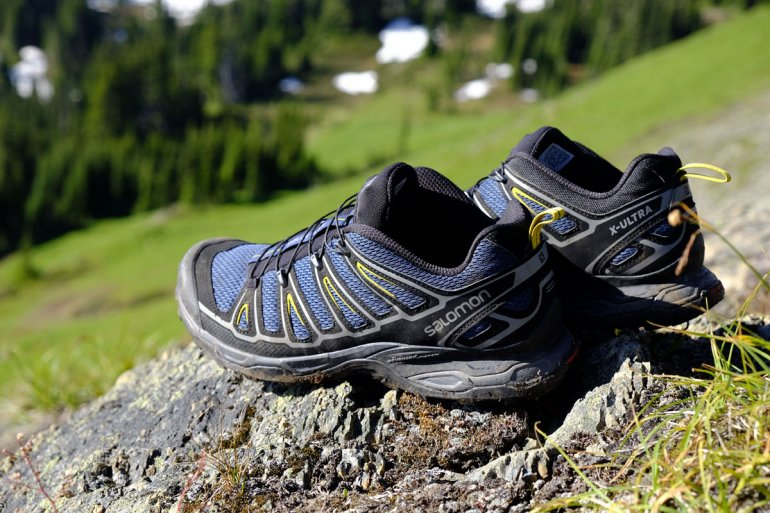 salomon x-over mens hiking shoes