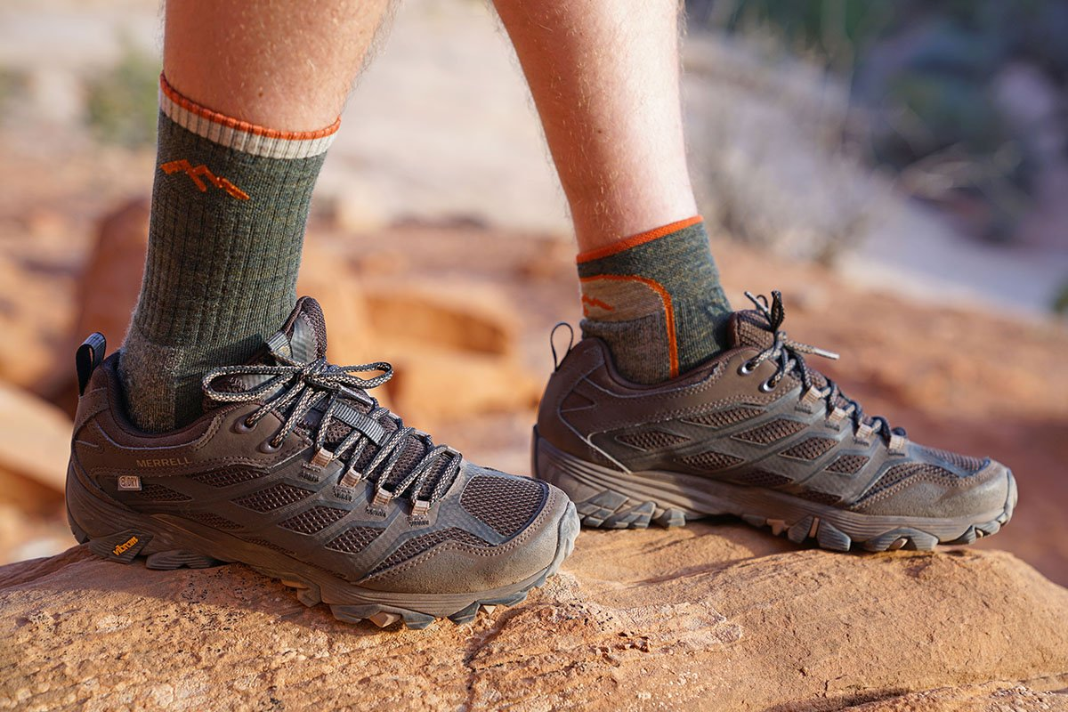HIking sock (height comparison)
