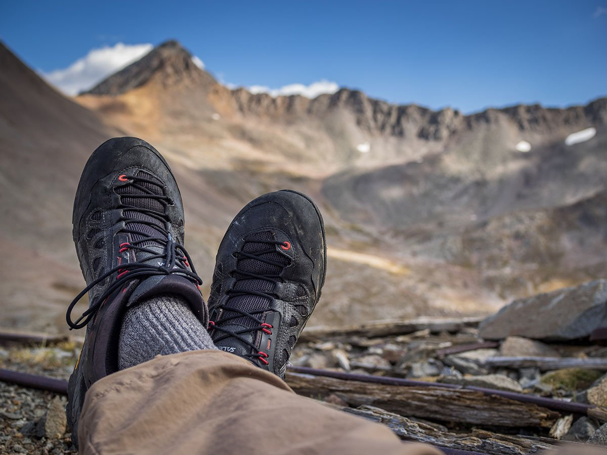 Hiking in the Salewa Firetail 3