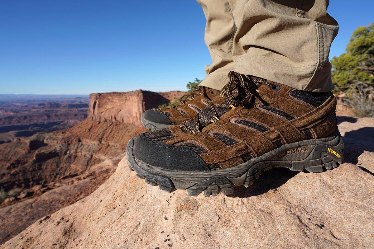 Lightweight hiking boot (Merrell Moab 2)