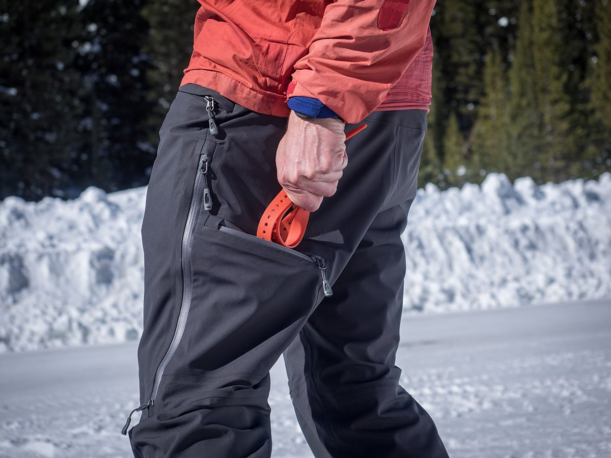 Outdoor Research Skyward (thigh pocket ski straps)