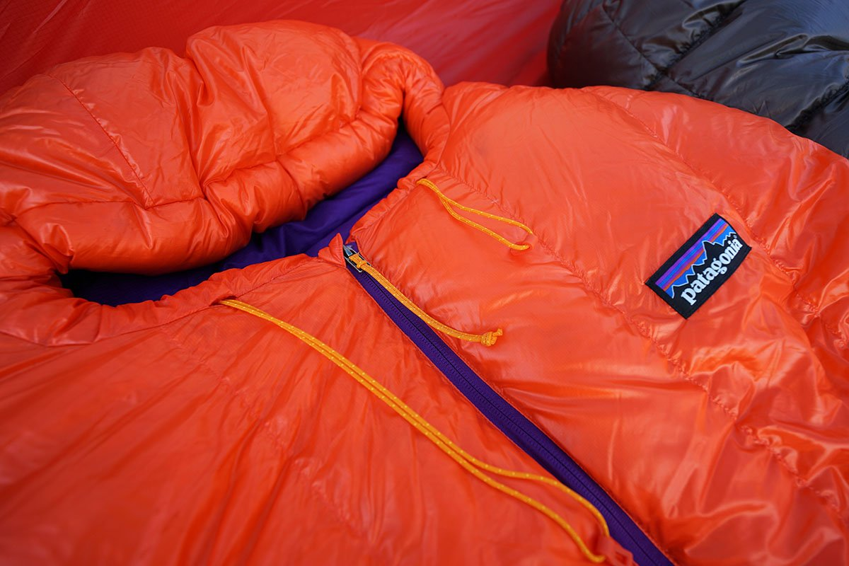 Patagonia 850 Down Sleeping Bag (hood cords)