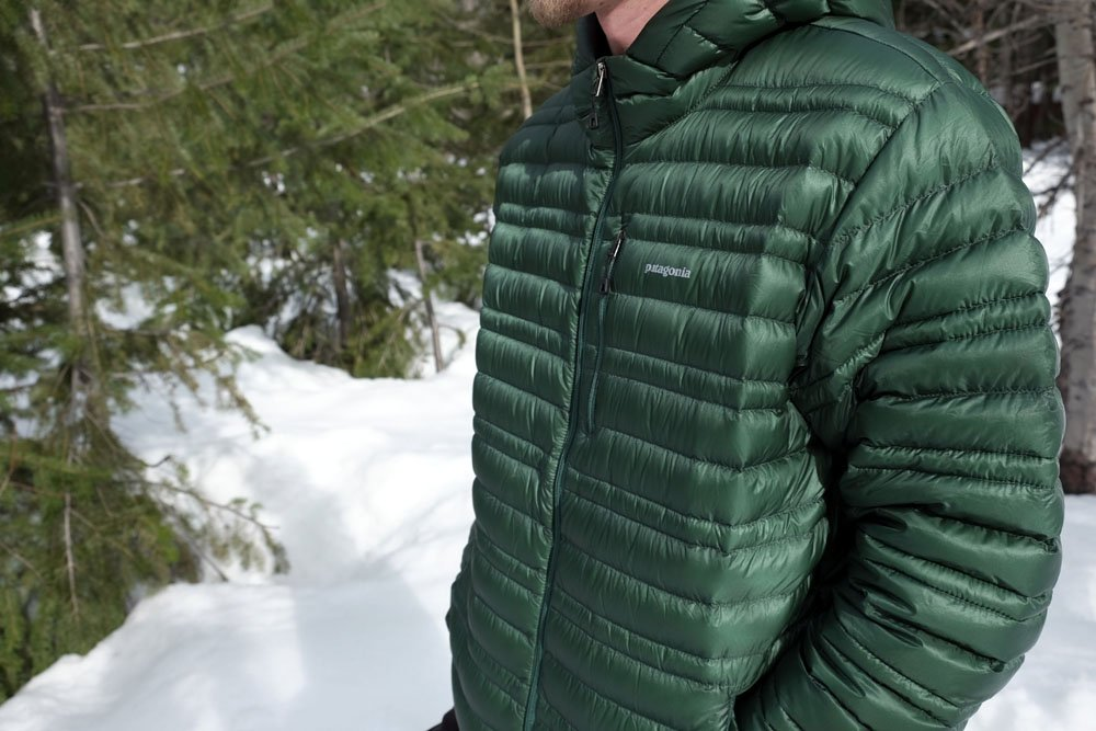 Review Patagonia Ultralight Down Hoody Switchback Travel