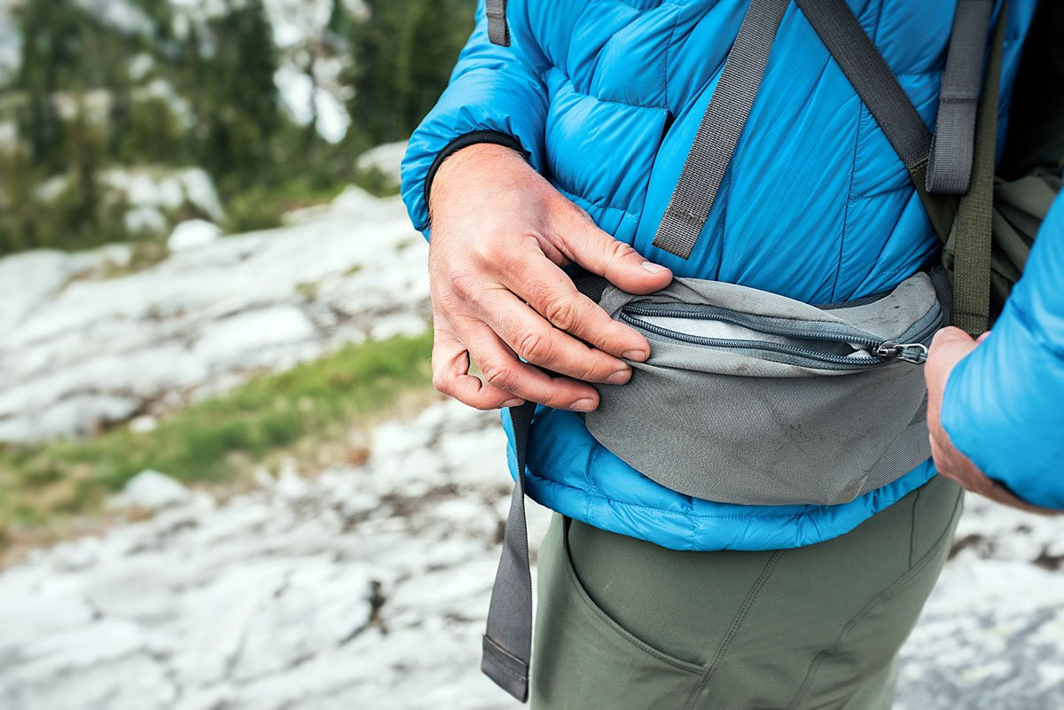REI Traverse (hipbelt pocket)
