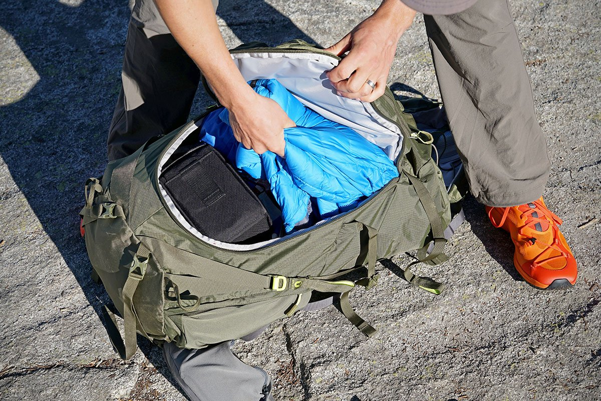 REI Traverse 70 (main pocket)